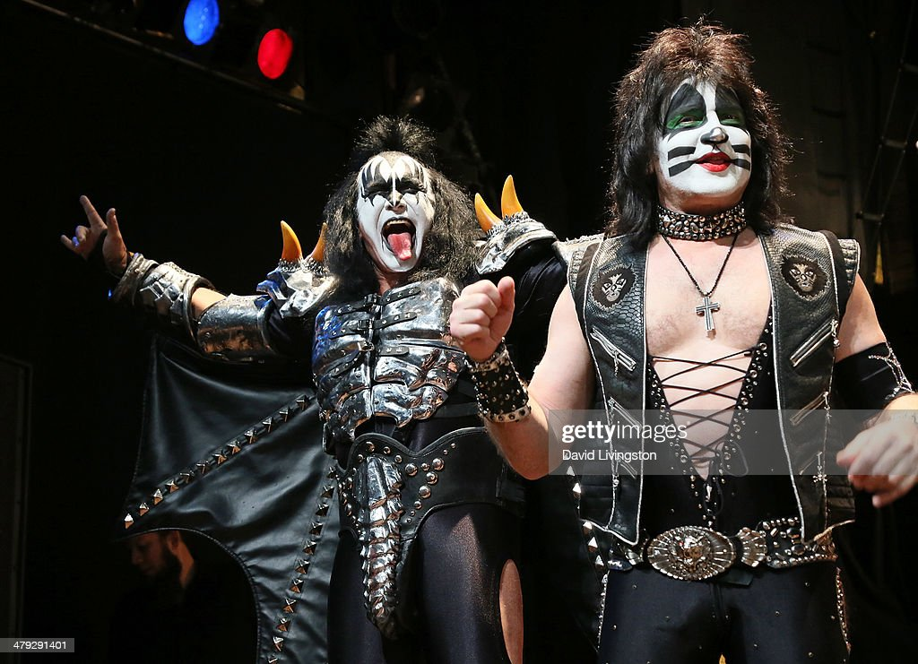 KISS members Gene Simmons (L) and Eric Singer attend the KISS and Def Leppard press announcement at House of Blues on March 17, 2014 in Los Angeles, California.