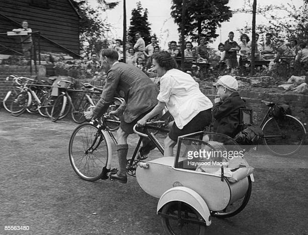 60 Top Bicycle Sidecar Pictures, Photos and Images - Getty Images