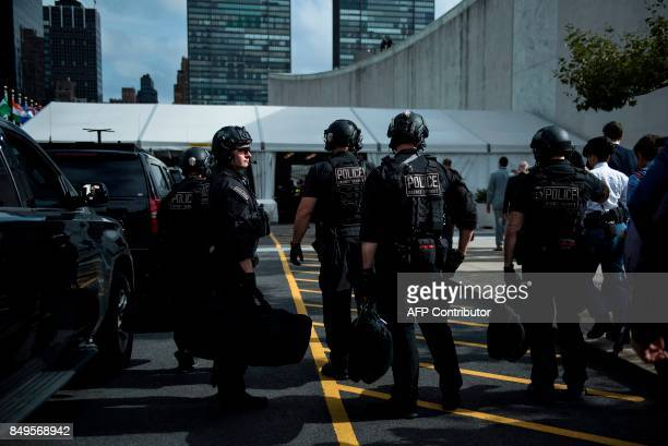 Secret Service Agent Stock Photos and Pictures | Getty Images