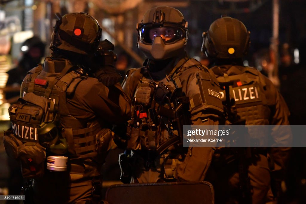 Protesters March During The G20 Summit : ニュース写真