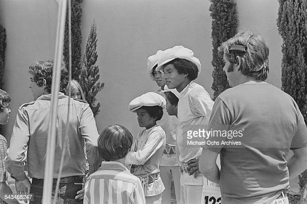 Members of American pop group The Jackson 5 meet cast members of the TV show 'The Brady Bunch' at ABCTV studios California 9th July 1971 The Jacksons...