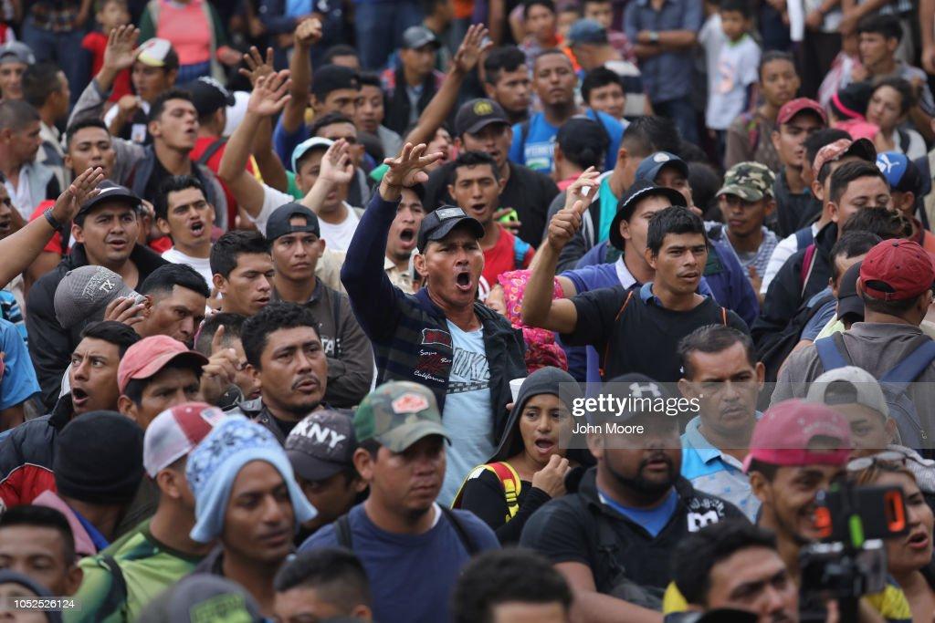 Migrant Caravan Prepares To Cross Into Mexico : News Photo