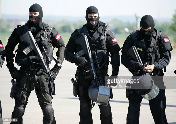 Members of Austria's special police unit 'Cobra' pose during a presentation on April 27 2007 in Sankt Augustin Germany Antiterror special forces from...
