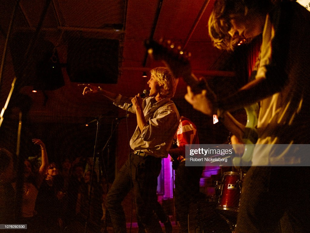 Indie Rock Band Been Stellar Perform At New York's City Winery : News Photo