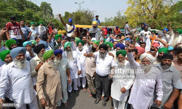 Members of Bharti Kissan union protesting against dieselprice hike on June 1 2018 in Jalandhar India Farmers unions across eight states launched a...