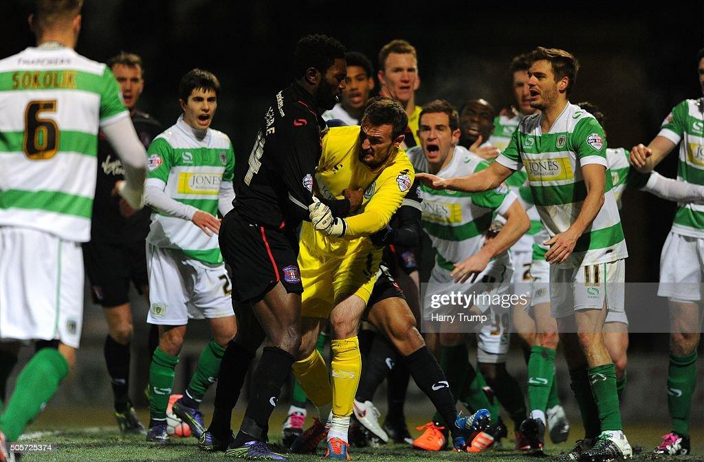Yeovil Town v Carlisle United - The Emirates FA Cup Third Round : News Photo