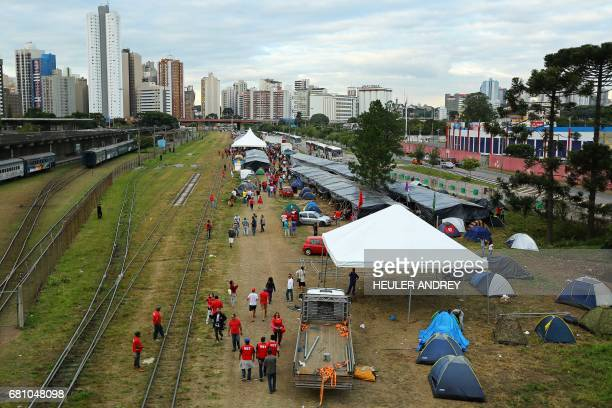 Members of Brazil's Landless Workers Movement camp in Curitiba Brazil on May 9 2017 Hundreds of supporters of former Brazilian president Luiz Inacio...