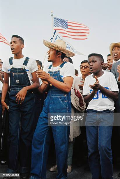 Members of CORE singing together at the March to Washington More than 200000 people participated in the March on Washington demonstrations The throng...