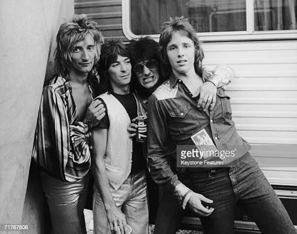 Members of English rock group The Faces pose with photographer Richard Upper at the Earl Warren Showgrounds in Santa Barbara California during their...
