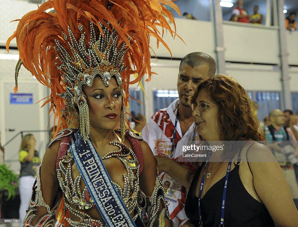 Members of Mangueira Samba School during Rio de Janeiro's Carnival Champions Parade at Marques de Sapucai Sambodrome on February 20, 2010 in Rio de Janeiro, Brazil.