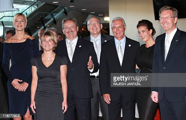 Members of Munich's 2018 olympic bid team German alpine skiing champion Maria Riesch Twelve time Paraolympic Gold medalist Verena Bentele Munich's...