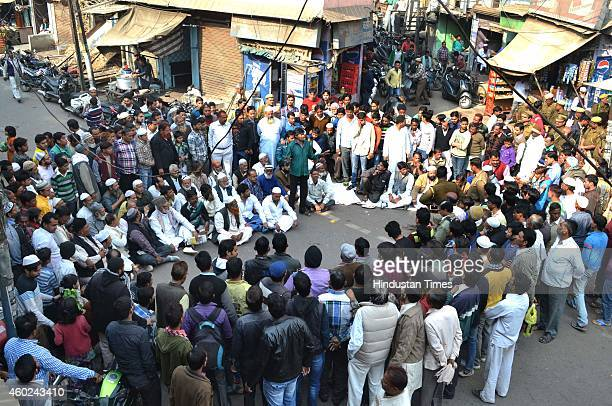 Members of Muslim community protest at Mantola against alleged forced reconversion to Hinduism on December 10 2014 in Agra India The nearly 300...