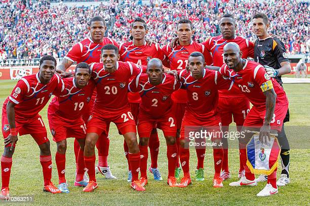 Members of Panama pose for the team photo prior to the match against the USA during the FIFA 2014 World Cup Qualifier at CenturyLink Field on June 11...