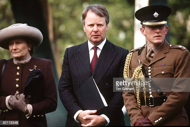 Members Of Queen Elizabeth Staff Left To Right Dianalady Farnhamlady In Waiting Sir Robin Janvrin Private Secretary Major James Patrick Equerry Circa...