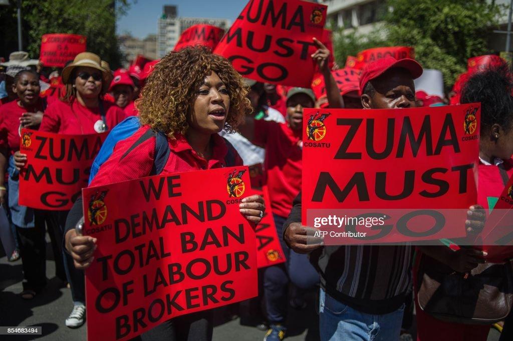 SAFRICA-LABOUR-POLITICS-CORRUPTION-UNIONS-PROTEST : News Photo
