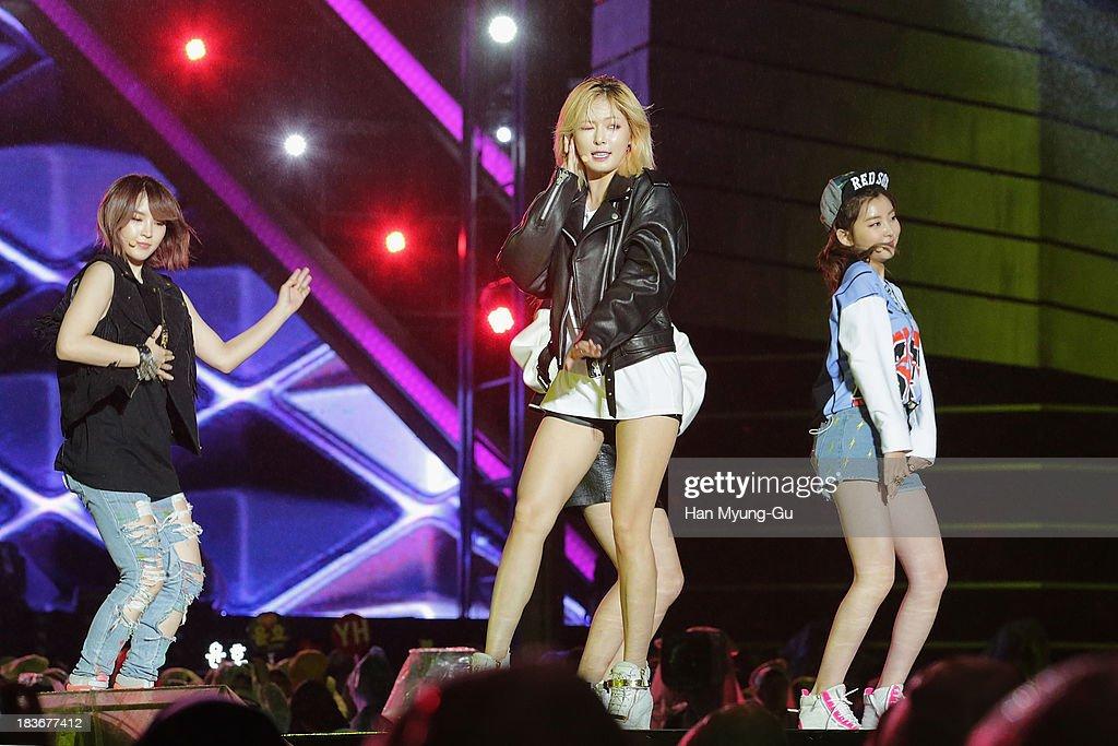 Members of South Korean girl group 4minute perform onstage the 2013 Hallyu Dream Concert on October 5, 2013 in Gyeongju, South Korea.