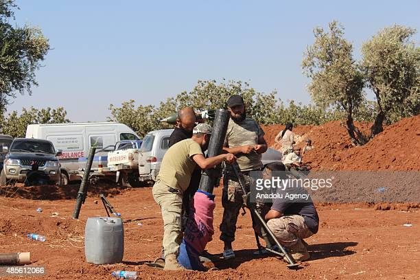 Members of Syrian opposition group linked to Damascus Front prepare to launch attacks against Daesh terrorists in Tilalyan village north of Aleppo...