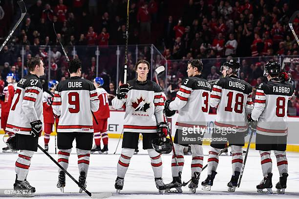 Members of Team Canada acknowledge the fans during the 2017 IIHF World Junior Championship quarterfinal game against Team Czech Republic at the Bell...