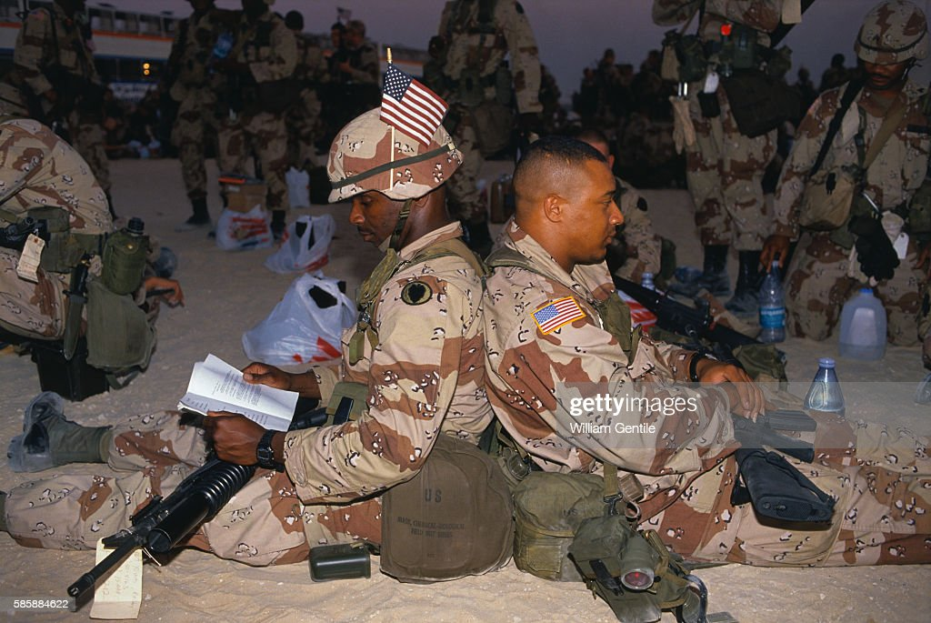 Members of the 101st Airborne Division Relaxing in Iraq News