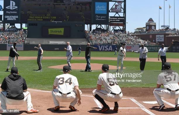 Members of the 2002 San Francisco Giants world series team Shawon Dunston David Bell Jason Schmidt Kirk Rueter Ron Wotus Dusty Baker and Barry Bonds...