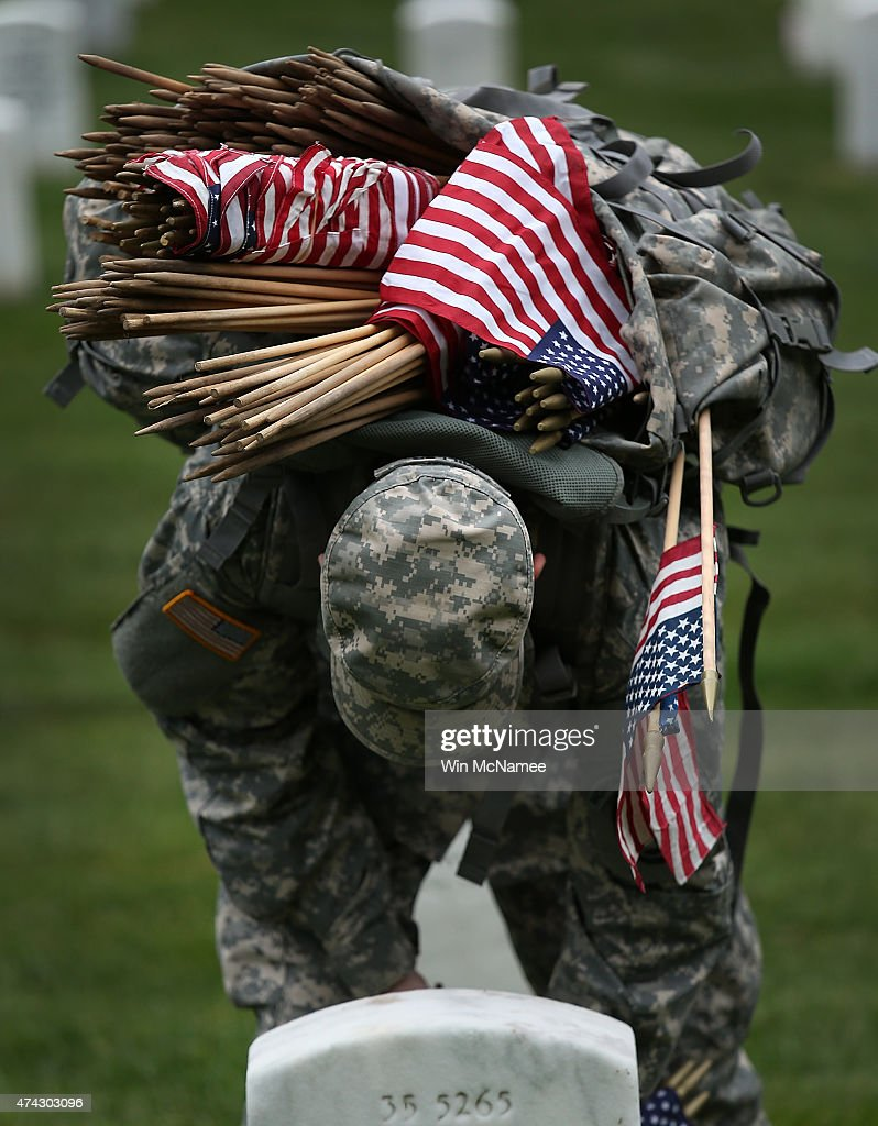 Soldiers Of The 3rd U.S. Infantry Regiment Hosts Annual Flags-In Ceremony At Arlington Cemetery : News Photo