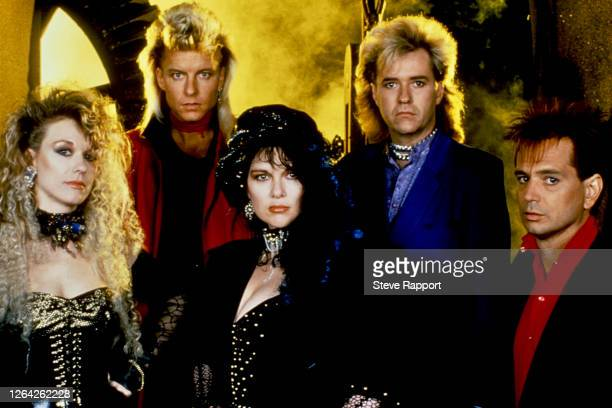 Members of the American Rock and Pop group Heart, including sisters Ann and Nancy Wilson, film the 'What About Love' music video, London, 5/9/1985.