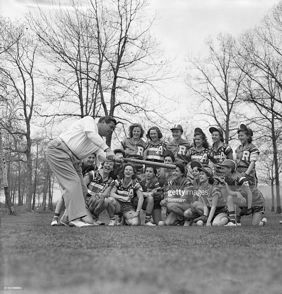 Babe Ruth Instructing Girls Softball Team : News Photo
