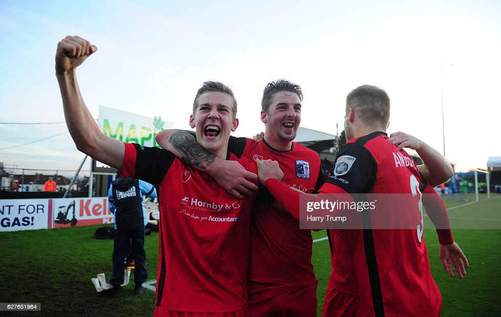 Bristol Rovers v Barrow FC - The Emirates FA Cup Second Round : News Photo