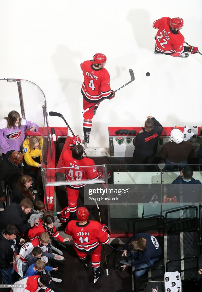 Detroit Red Wings v Carolina Hurricanes : News Photo