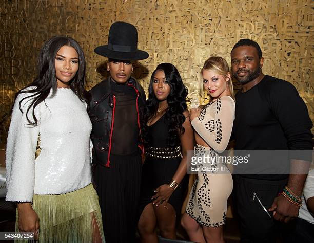 Members of the cast 'F In Fabulous' Kamie Crawford Stephon Mendoza Eny Oh Savannah Lynx and actor Darius McCrary attend BET Music Moguls Premiere...