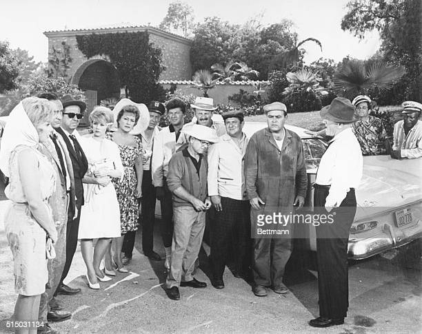 11/3/1962 Members of the cast of the United Artists movie 'It's a Mad Mad Mad Mad World' L to r Edie Adams Sid Caesar Phil Silvers Dorothy Provine...