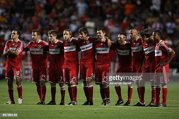 Members of the Chicago Fire watch a shootout beween their team and Tigres UANL during the SuperLiga 2009 Final on August 5 2009 at Toyota Park in...