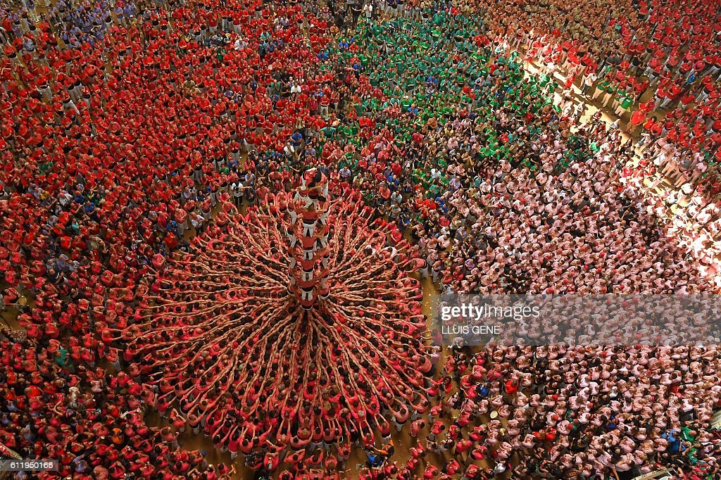 SPAIN-CATALONIA-HUMAN-TOWERS-CASTELLERS : News Photo