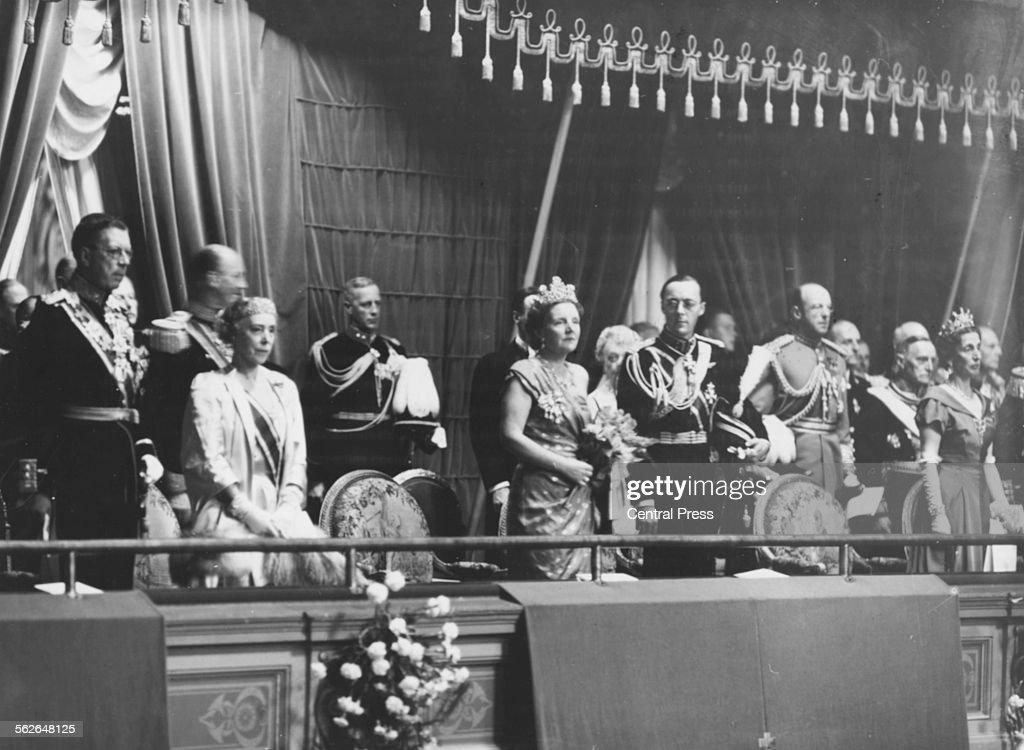 Queen Juliana Of The Netherlands : News Photo