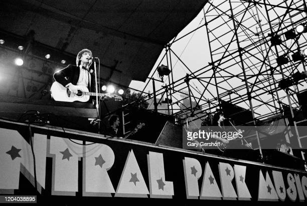 Members of the English Rock Pop group the Kinks perform onstage during the Dr Pepper Central Park Music Festival New York New York August 9 1978...
