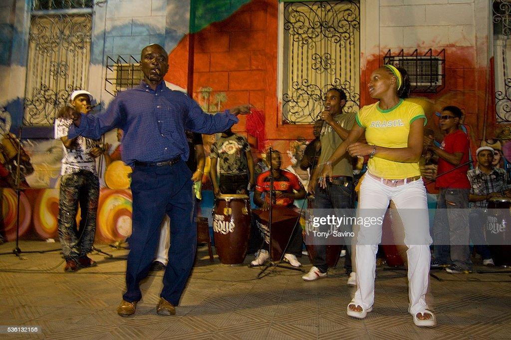 Cuba - Daily Life - Folkloric Dancers : News Photo