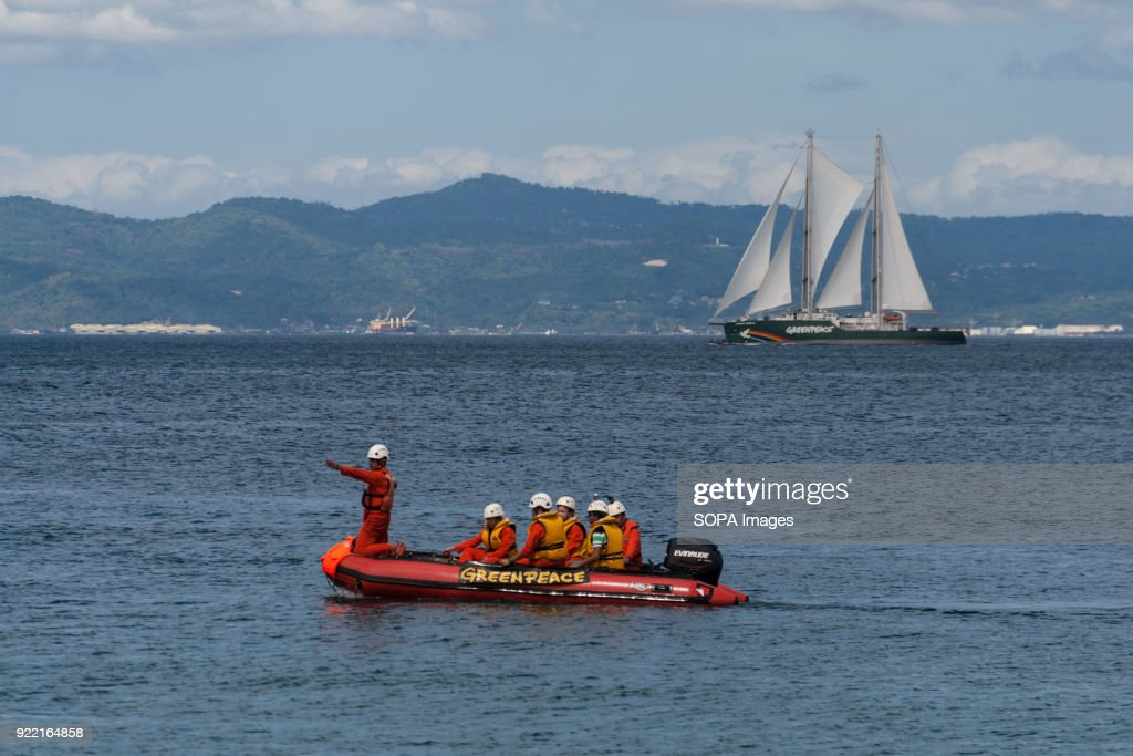 Members of the Greenpeace organization seen on their... : News Photo