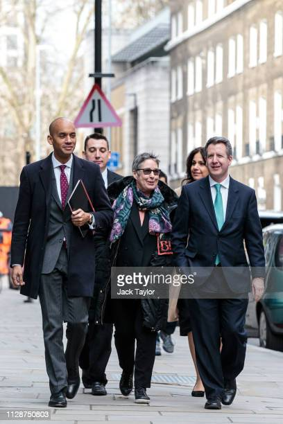 Members of the Independent Group of MPs Chuka Umunna Gavin Shuker Ann Coffey Heidi Allen and Chris Leslie arrive at the Electoral Comission on March...