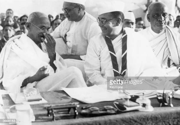 Members of the Indian National Congress Mahatma Gandhi Subhas Chandra Bose and Vallabhai Patel during the 51st Indian National Congress