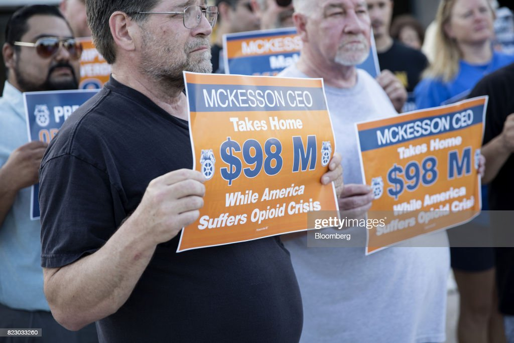 Teamsters Protest Outside The McKesson Annual Meeting : News Photo