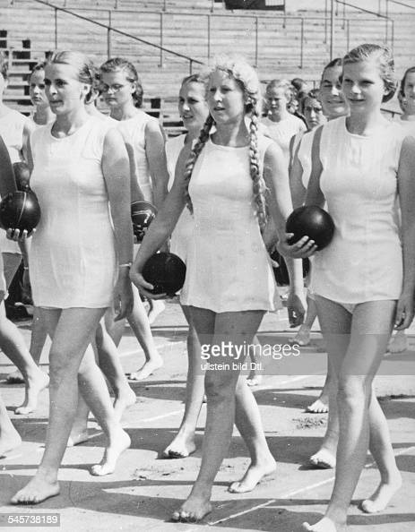 Members of the 'League of German Girls' in their new ...