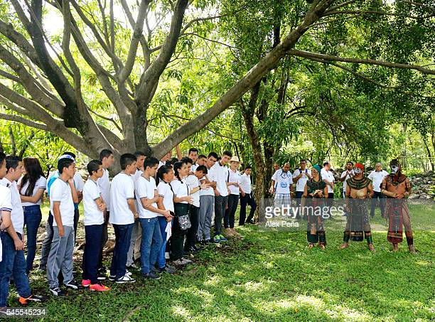 Members of the Maya people of Guatemala explain to Salvadoran students the meaning and way to play the ancien ballgame on July 08 2016 in San...