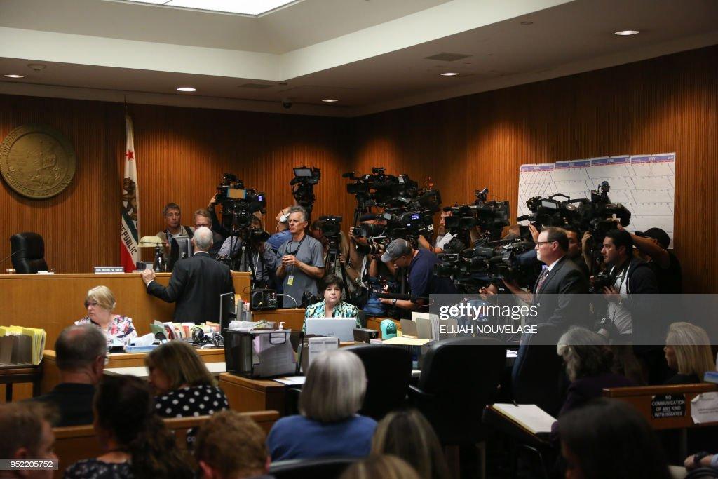 US-JUSTICE-DEANGELO-CRIME-MURDER-GOLDEN STATE : News Photo