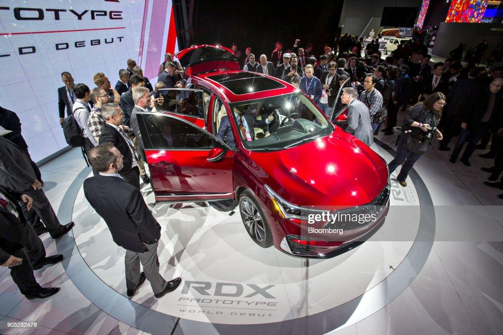 Peek At Future Cars At The International Auto Show
