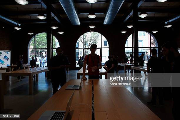 Members of the media visit the new Brooklyn Apple Store during a media preview in the Williamsburg neighborhood of Brooklyn on July 28 2016 in New...