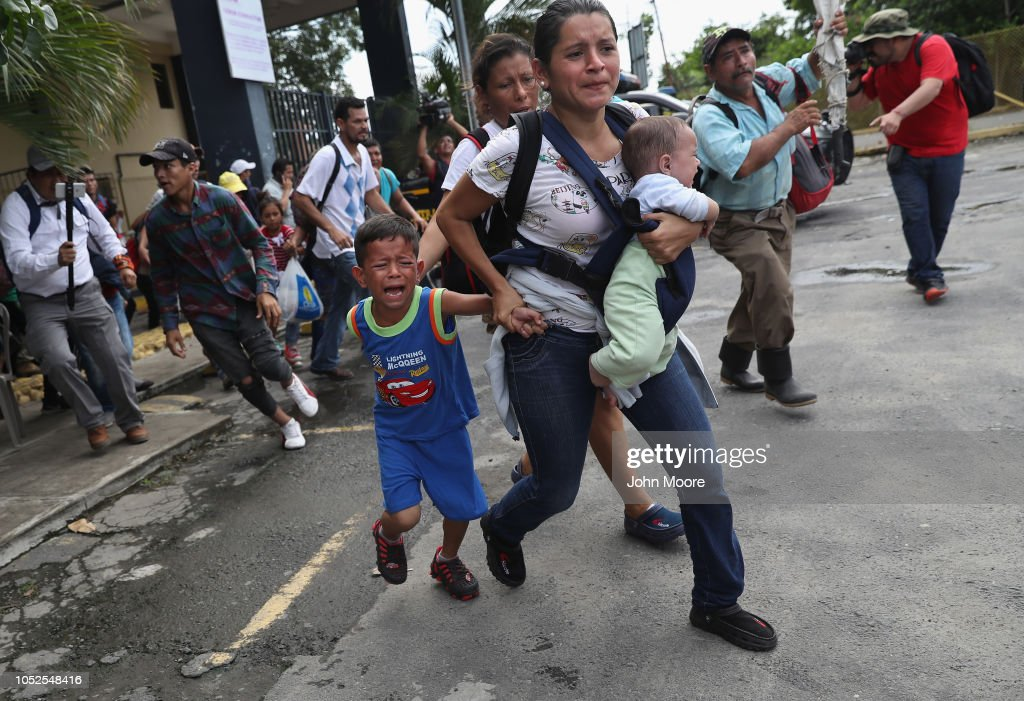 Image result for photos of refugees on bridge between guatemala and mexico