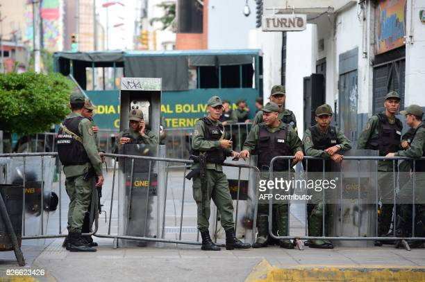 Members of the National Guard are seen outside the Public Ministry in Caracas on August 5 2017 Venezuela's chief prosecutor Luisa Ortega one of...