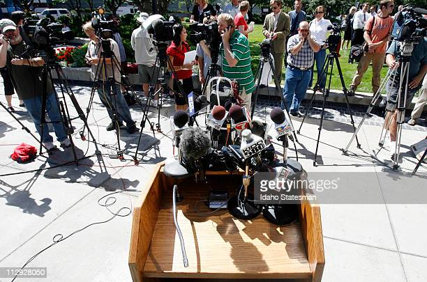 Members of the news media prepare for a statement by US Sen Larry Craig on Tuesday August 28 in downtown Boise Idaho with his wife Suzanne about his...