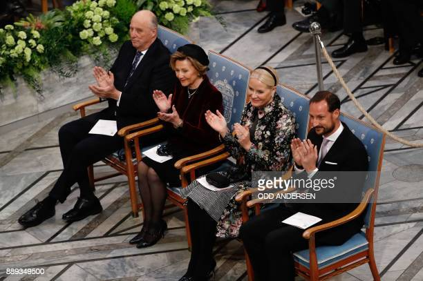 Members of the Norwegian Royal Family King Harald V of Norway his wife Queen Sonja of Norway Crown Princess MetteMarit of Norway and Crown Prince...
