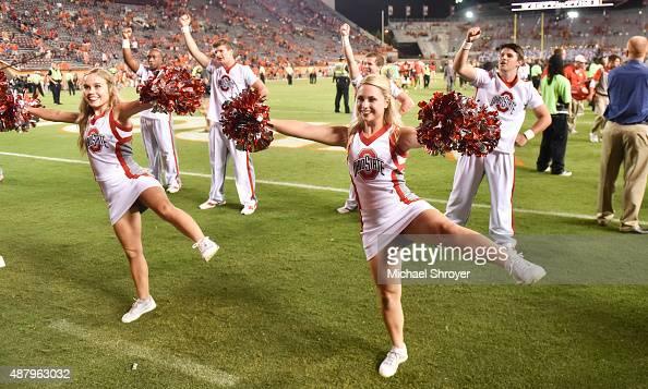 Attractive Ohio Cheerleader Naked Pic